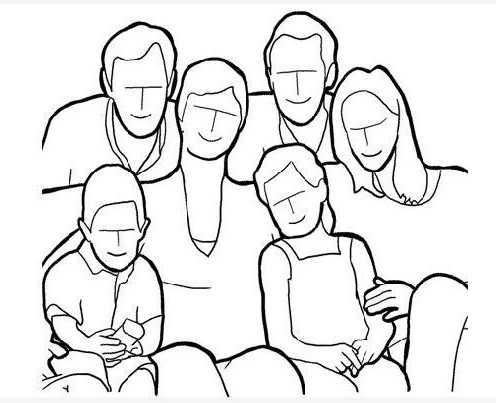 Фото семьи на диване