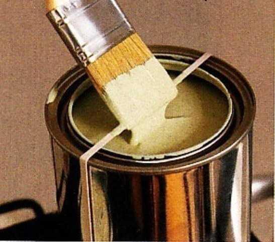 Резинка на банке краски