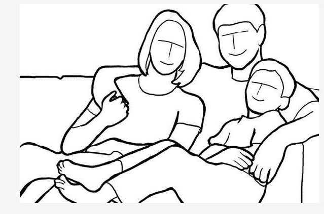 Семья на любимом диване